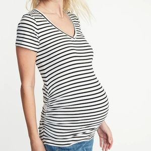Barely Used Bundle of 3 Old Navy Maternity Shirts